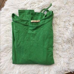 Green side-cinch long sleeve shirt